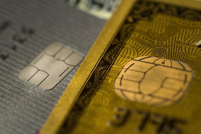 はじめてのカードでゴールドとプラチナはハードルが高い?